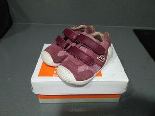 Zapatos Biomecanics T-20