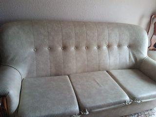 Sofa de madera clásico