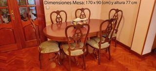 Mesa y 6 sillas sin estrenar.