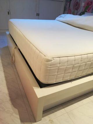 Colchón IKEA modelo HYLLESTAD