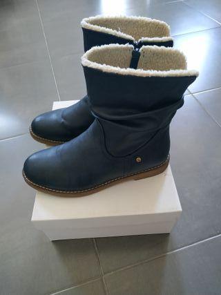 Botas azul oscuro
