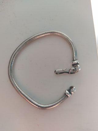 Pulsera de plata cola de serpiente (5mm)