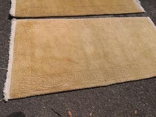 alfombras pasillo y habitación