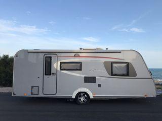 Caravana de gama alta Burstner 560TK