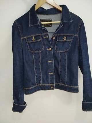 Cazadora denim cortita