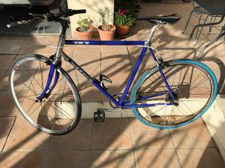 Bicicleta vitus 787