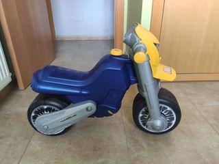 MOTO INFANTIL CORREPASILLOS MOLTO