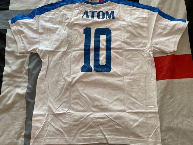 Camiseta Oliver Atom