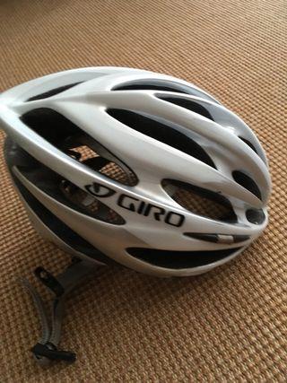 Casco bici Giro Pneumo