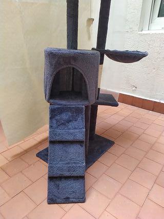 Torre de juegos, rascador para gatos.