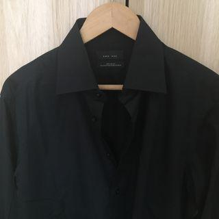 Camisa negra hombre Zara