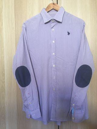 Camisa hombre rayas lila marca Polo