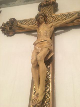 Crucifijo Muy Antiguo