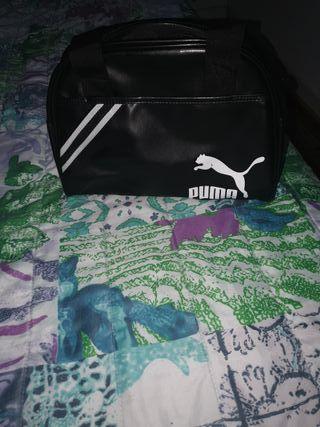 bolsa de Puma y adidas originales..cada una 10
