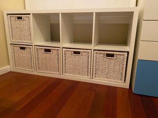 Mueble organizador Ikea con cestos