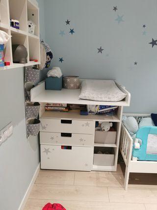 Cambiador Stuva IKEA blanco