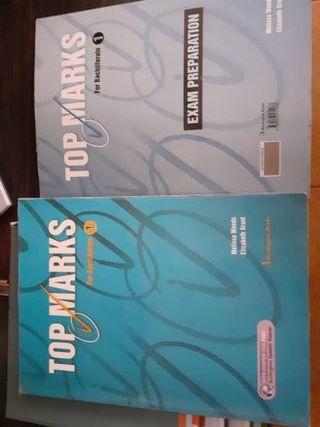 libro de inglés y libro de ejercicios.