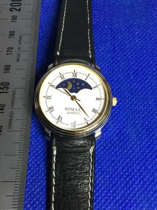 Reloj SOMAL Vintage oro acero luna sol