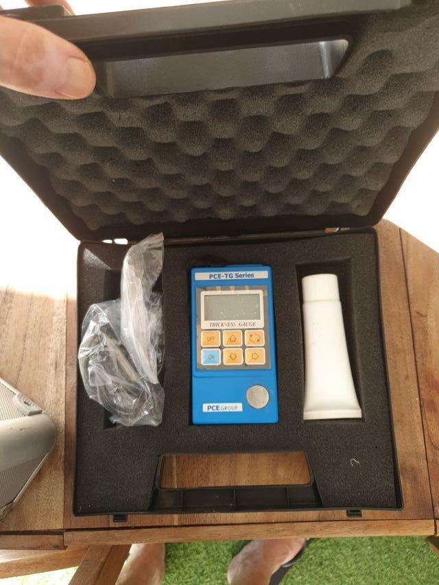 medidor de espesor de material de la serie PCE-TG