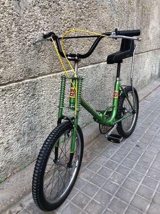 Vendo bicicleta motoretta