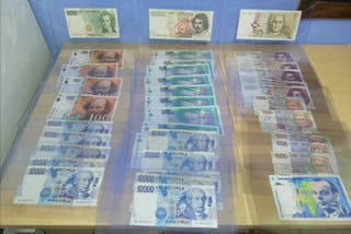 Lote de billetes antiguos Europeos