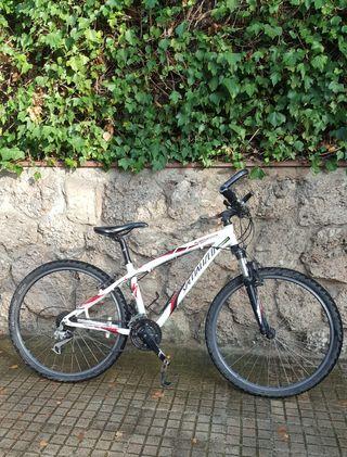 Bicicleta Specialized (Niños 10/12) (urge vender)