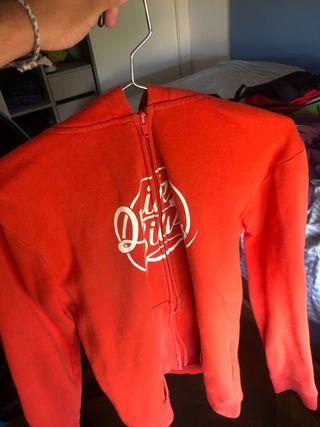 Chaqueta roja QuickSilver
