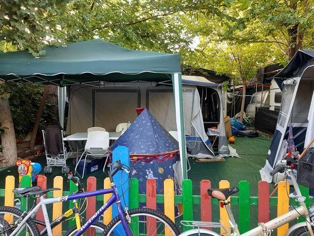 caravana en camping