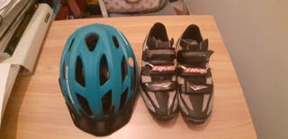 zapatillas y casco
