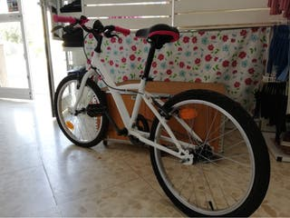Bicicleta NUEVA Niña BTWIN 100 20 pulgadas