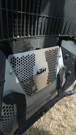 Tapa cubrecarter KTM 790 Adventure