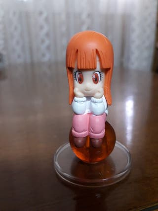Figura niña de serie Dragon Ball