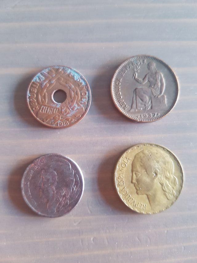 lote 4 monedas Segunda Republica Española