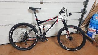 bicicleta doble suspension montaña