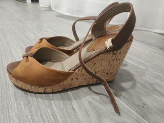 Zapatos cuña de Tino González talla 40