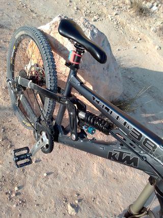 bicicleta MTB doble dh.enduro ktm