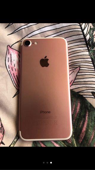 Vendo iphone 7 Rosa SÓLO BARCELONA (o alrededores)