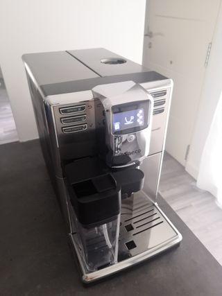 Cafetera Súper automática Saeco Incanto, Philips