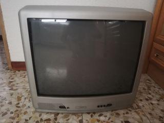 Televisión en muy buen estado.