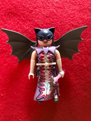 playmobil chica serie 11 vampiresa