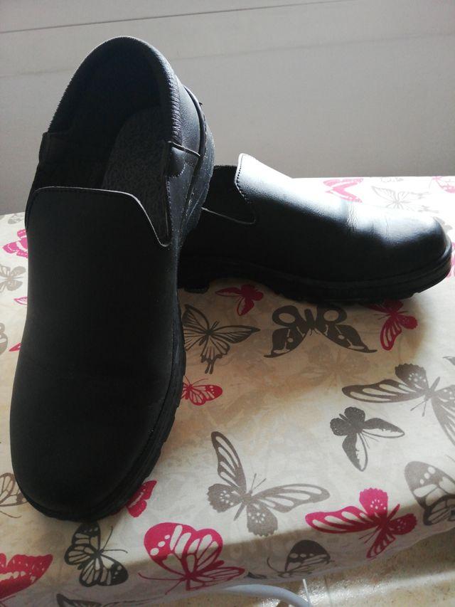 Zapato hostelería