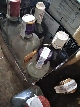 Vendo bebidas espirituosas x cierre de bar