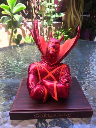 Tierra X Busto Daredevil