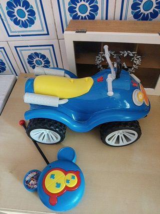coche teledirigido Mickey mouse con mando