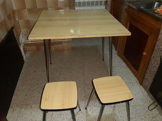 mesa sillas vintage antigua