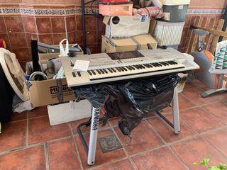 Se vende teclado/piano profesional de estudio