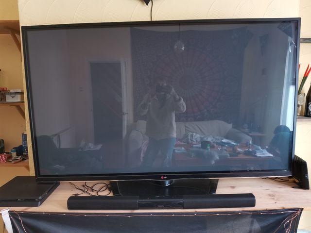 "60"" LG plasma smart tv"