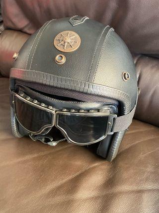 Casco de moto + gafas a juego