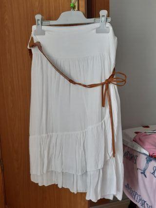 falda midi blanca