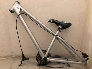 Cuadro de bici dual dirt